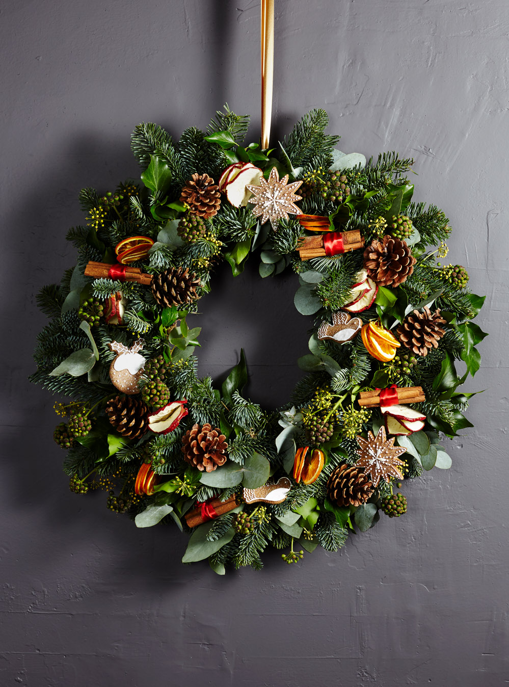 Bloom Flower Delivery | Mulled Outdoor Wreath