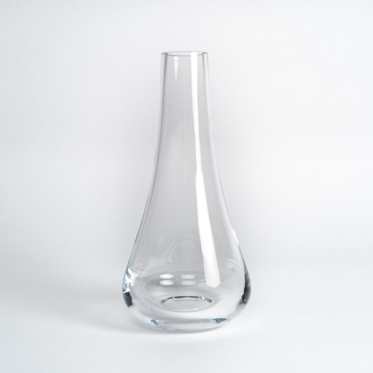 Bloom Flower Delivery | Clear Glass Stem Vase