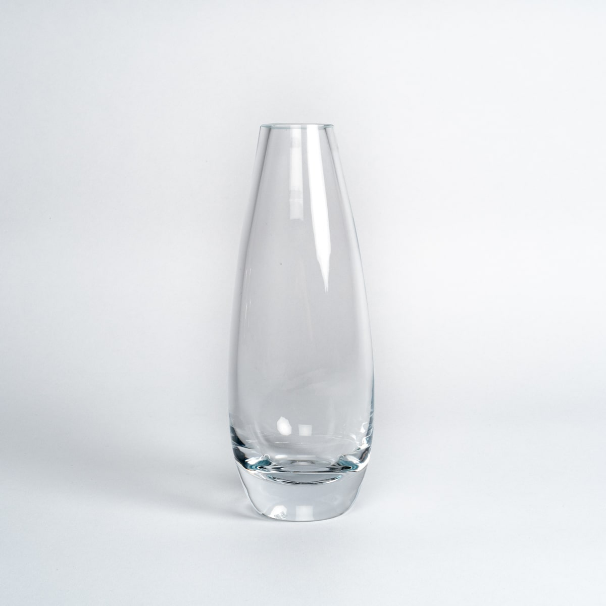 Bloom Flower Delivery | Clear Glass Bud Vase