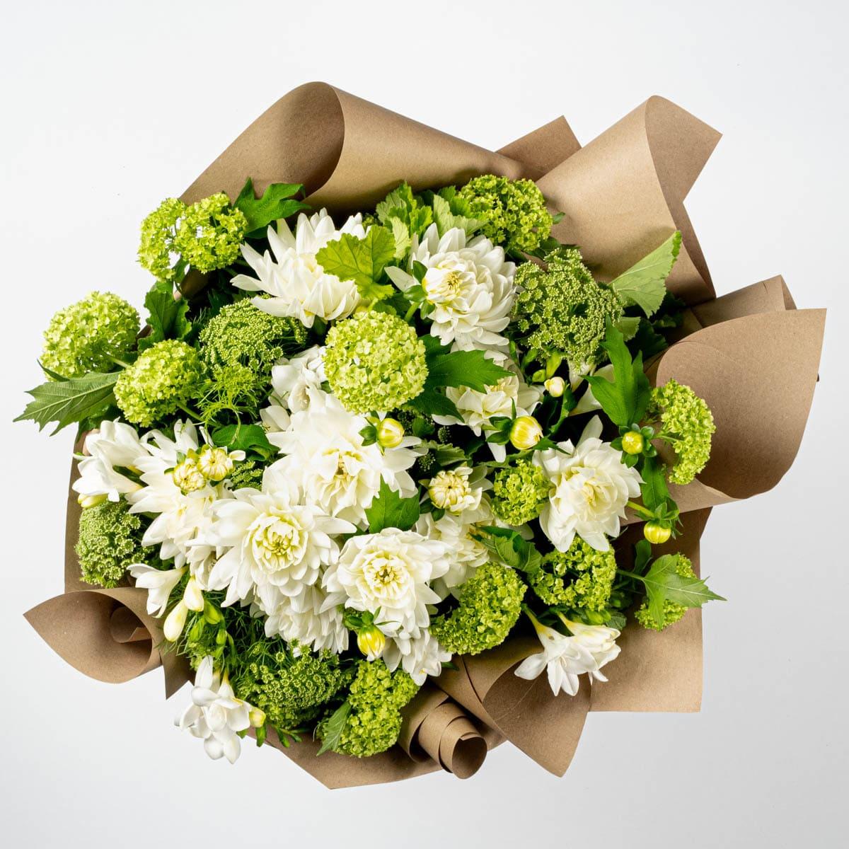 Send flowers Online | Classic Garden Bouquet