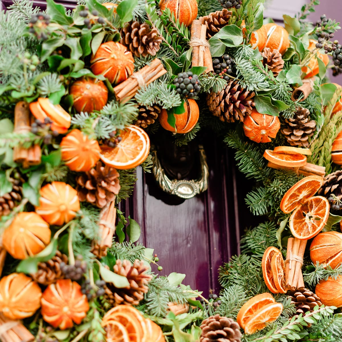 Bloom Flower Delivery | Festive Clementine Wreath